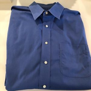 Jos A Bank Men's Travelors Dress Shirt
